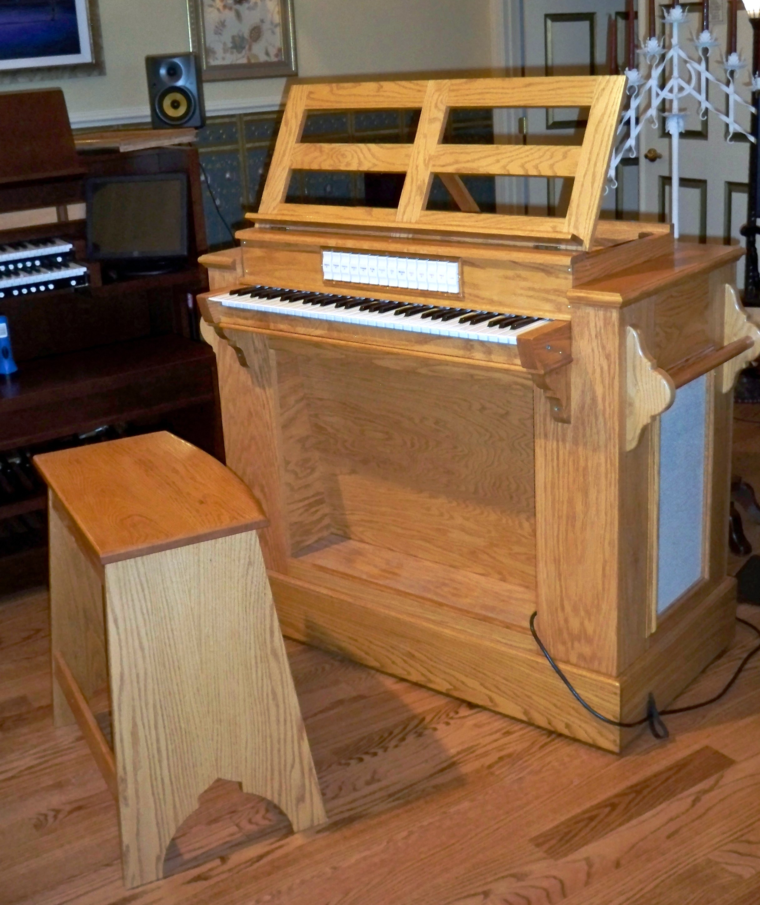 Continuo instrument with Organ and Harpsichord